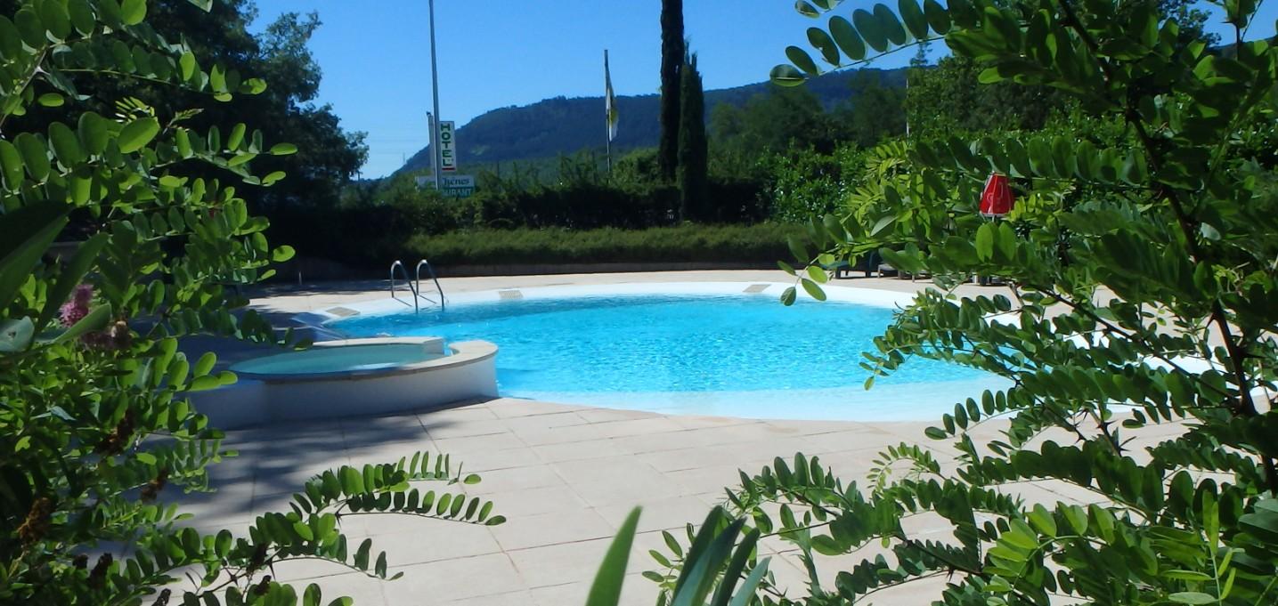 h tel avec piscine sisteron pour profiter de vos vacances