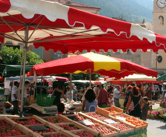 activités culturelles à sisteron, les marchés