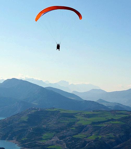 activités sportives à sisteron: parapente, vol à voile, deltaplane